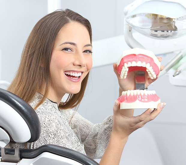 Implant Dentist